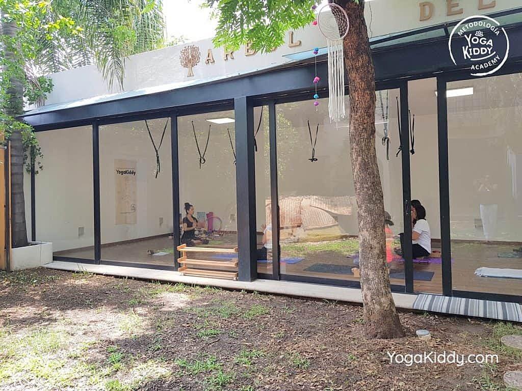 Formación-de-Yoga-para-Niños-en-Guadalajara-México-YogaKiddy-0007-1024x768