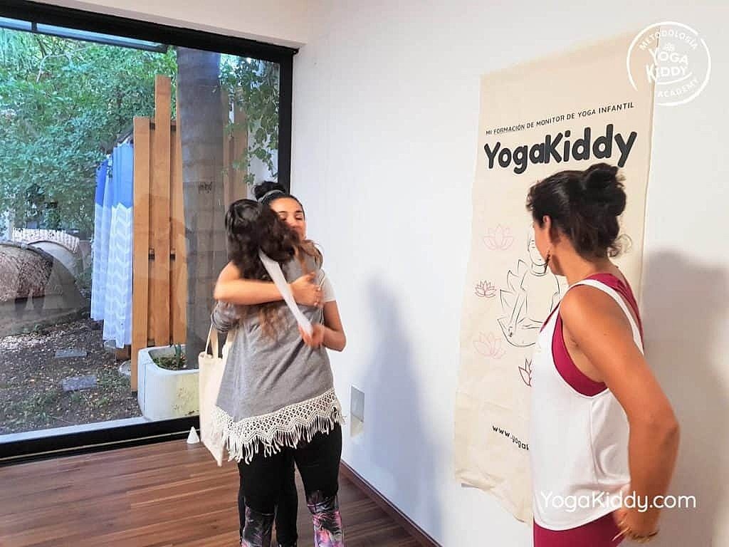 Formación-de-Yoga-para-Niños-en-Guadalajara-México-YogaKiddy-0154-1024x768