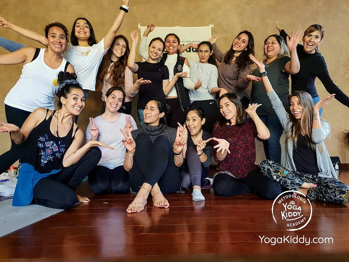 Capacitación de Yoga para Niños en Guadalajara, MX