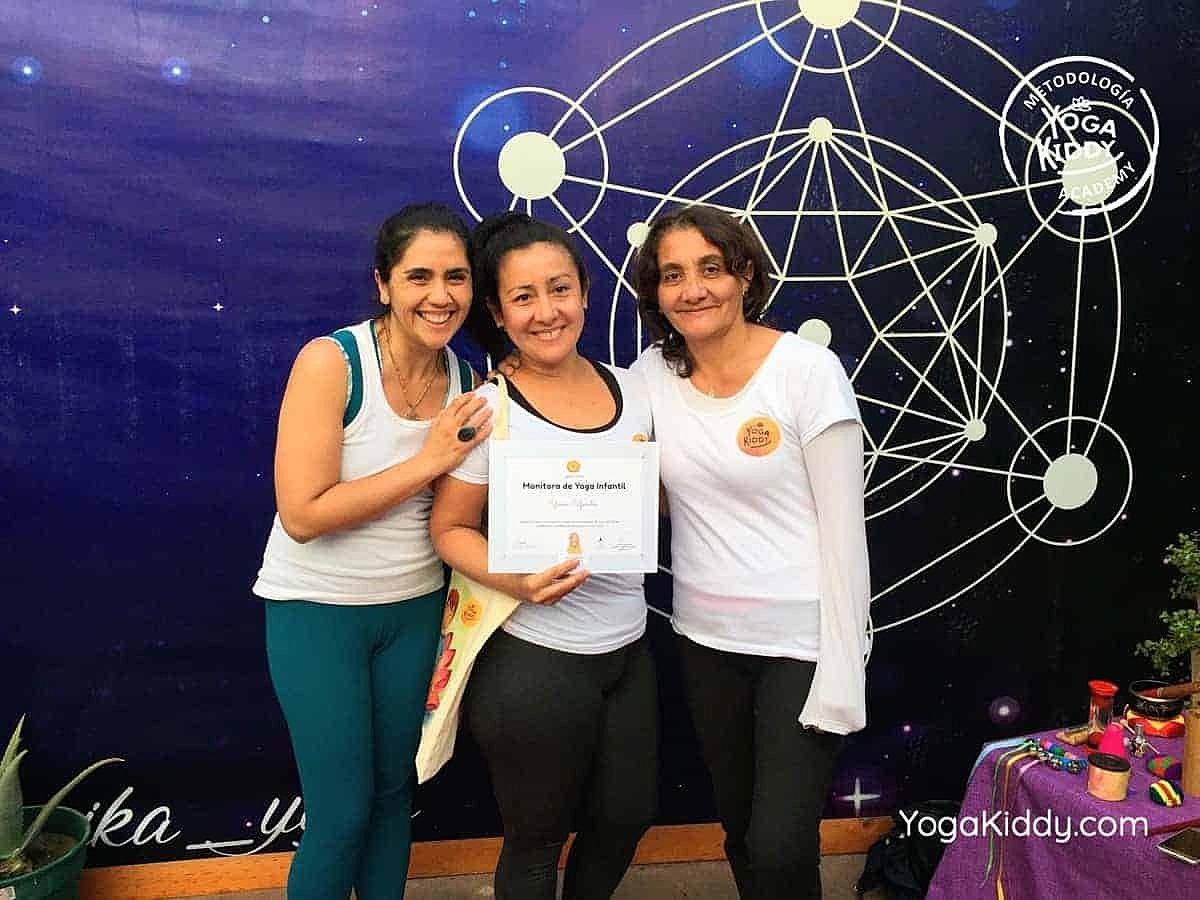 yoga-para-niños-arica-chile-formación-monitor-profesrorado-instructurado-YogaKiddy-0047