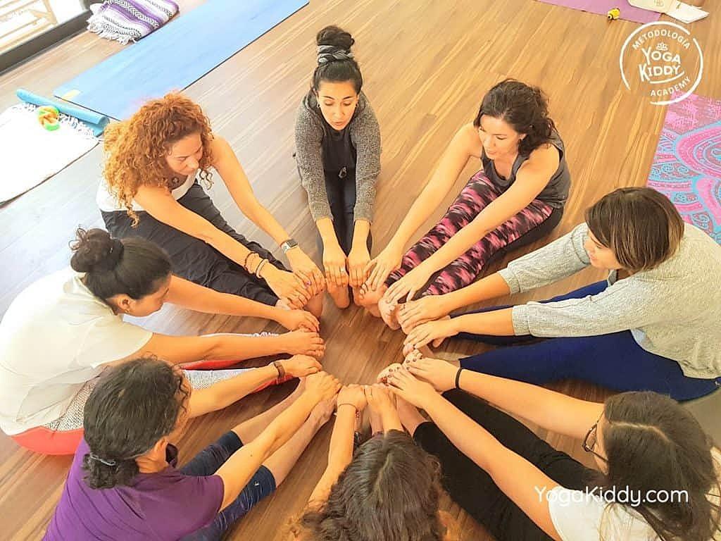 Formación-de-Yoga-para-Niños-en-Guadalajara-México-YogaKiddy-0111-1024x768
