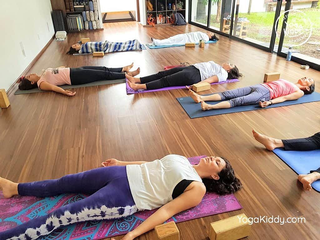 Formación-de-Yoga-para-Niños-en-Guadalajara-México-YogaKiddy-0049-1024x768
