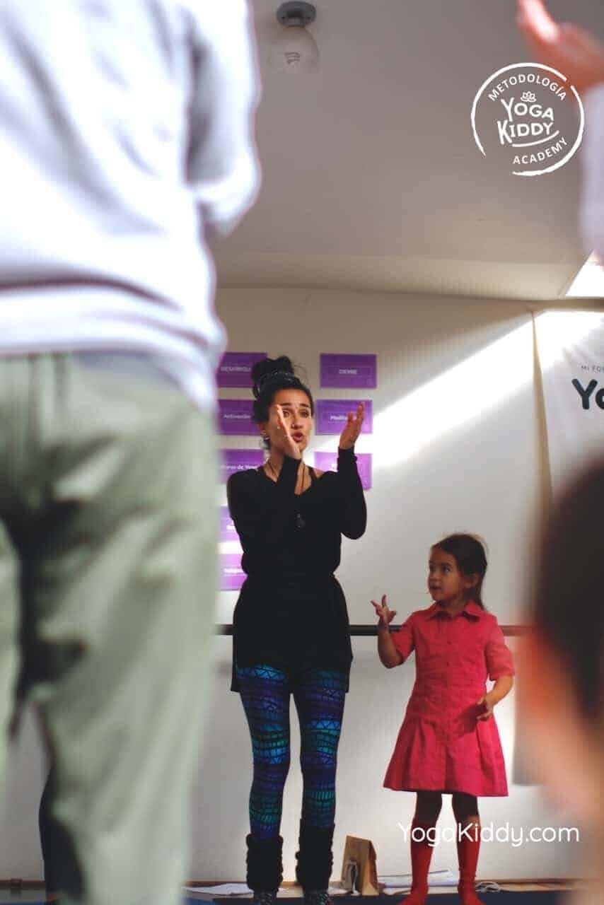 yoga-para-niños-formación-monitor-yoga-infantil-YogaKiddy-viña-del-mar-chile0005