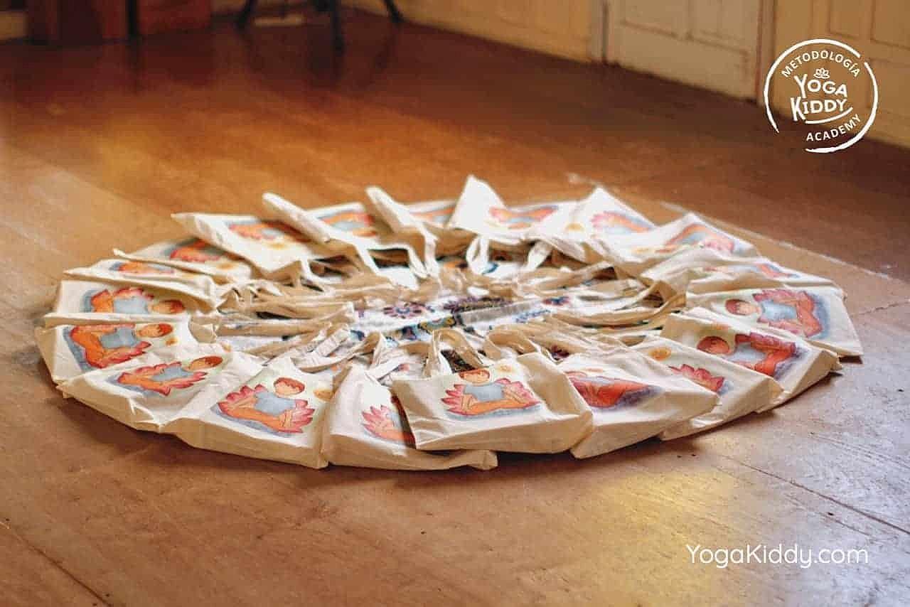 yoga-para-niños-formación-monitor-yoga-infantil-YogaKiddy-viña-del-mar-chile0045