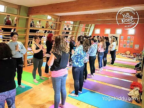 Formación-de-Monitor-de-Yoga-para-Niños-en-Santiago-Chile0003