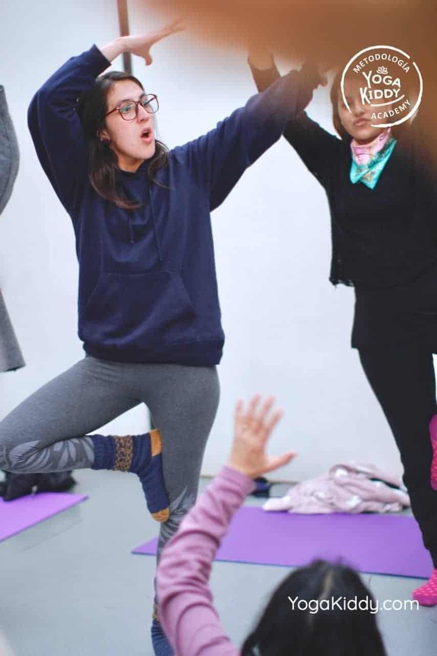 yoga-para-niños-formación-monitor-yoga-infantil-YogaKiddy-viña-del-mar-chile0070