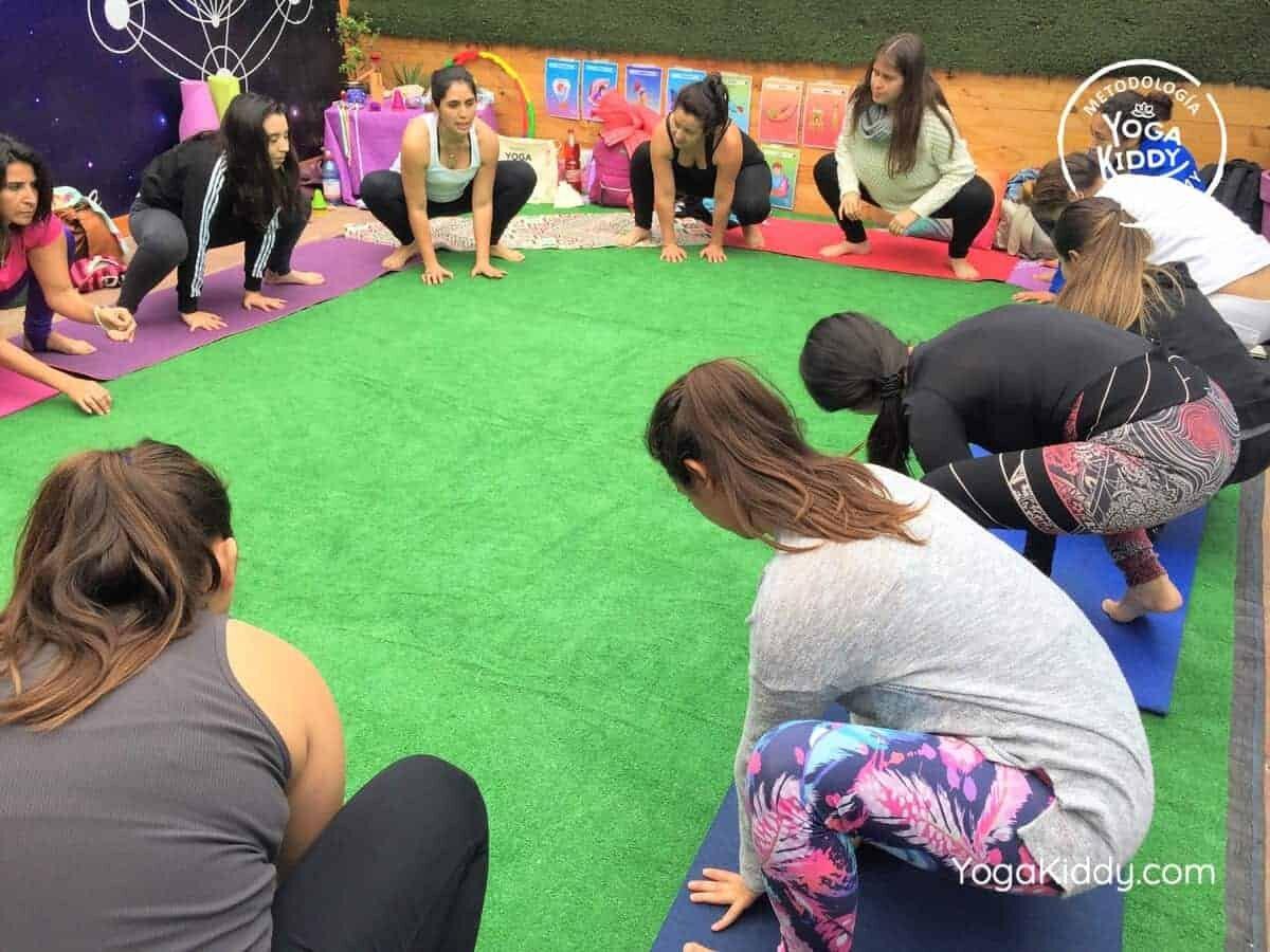 yoga-para-niños-arica-chile-formación-monitor-profesrorado-instructurado-YogaKiddy-0010