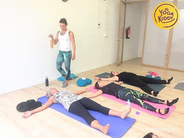 Yoga-para-niños-madrid-españa-Formación-Internacional-de-Monitor-de-Yoga-Infantil17-1-768x576