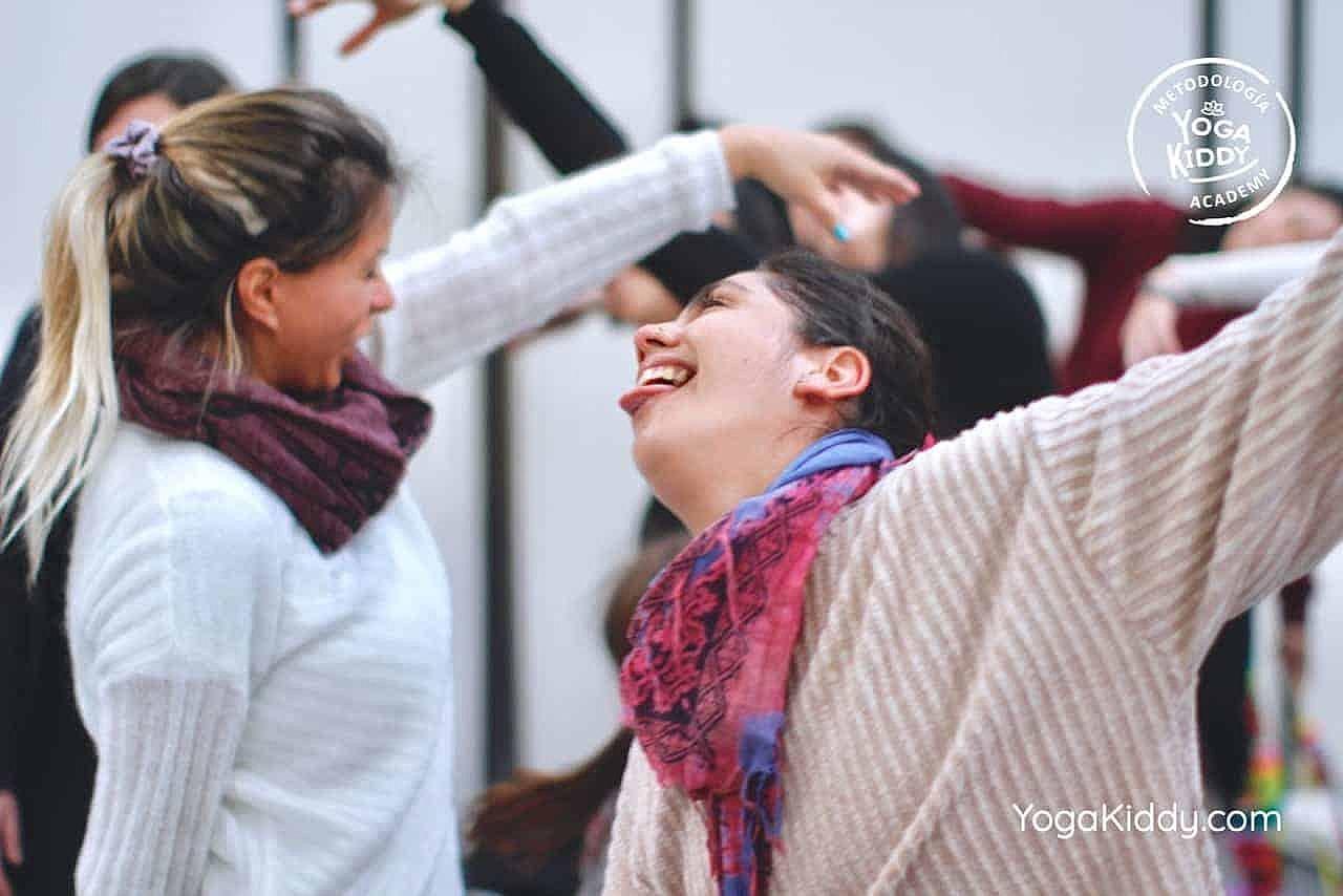 yoga-para-niños-formación-monitor-yoga-infantil-YogaKiddy-viña-del-mar-chile0066