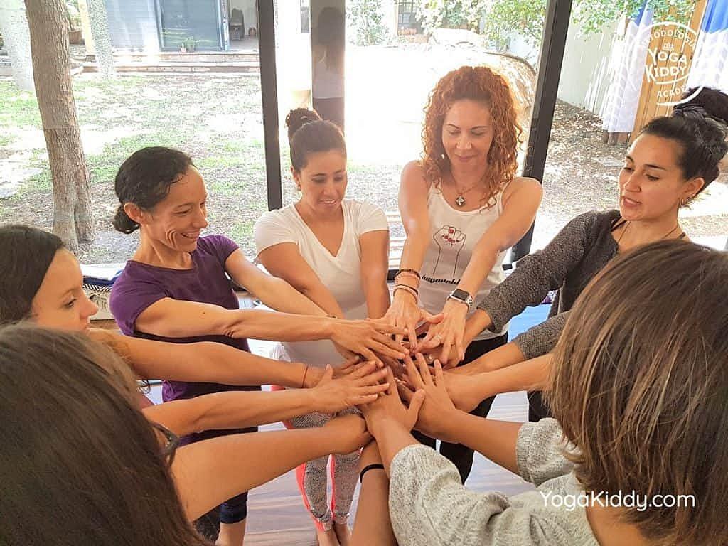 Formación-de-Yoga-para-Niños-en-Guadalajara-México-YogaKiddy-0104-1024x768