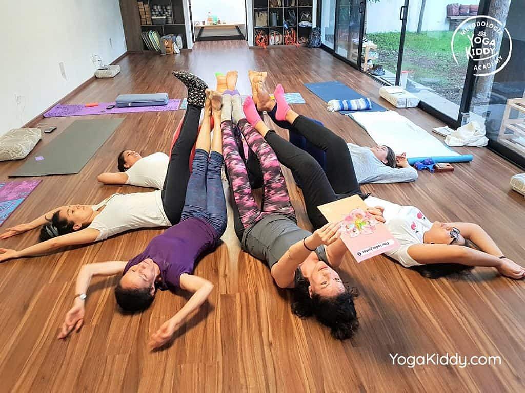 Formación-de-Yoga-para-Niños-en-Guadalajara-México-YogaKiddy-0144-1024x768