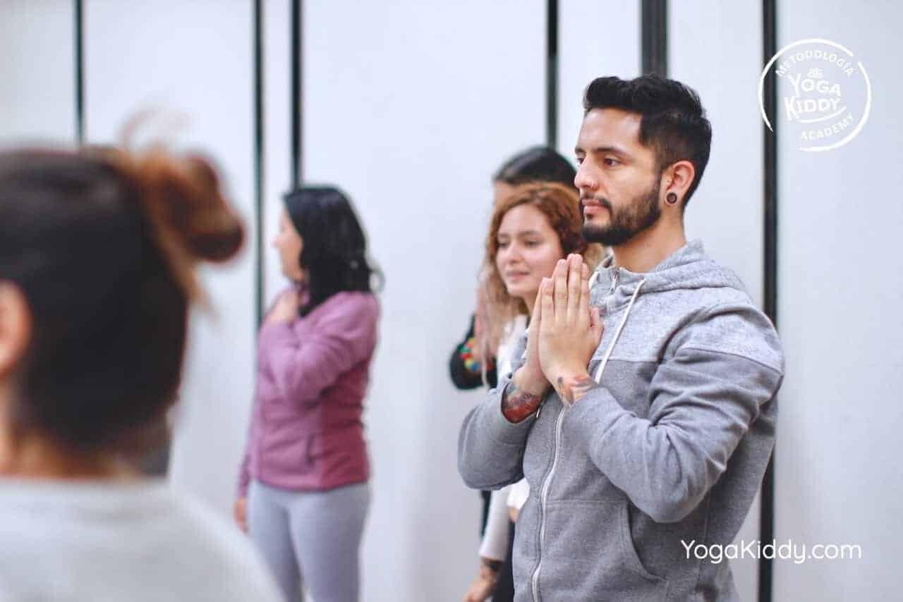 yoga-para-niños-formación-monitor-yoga-infantil-YogaKiddy-viña-del-mar-chile0031