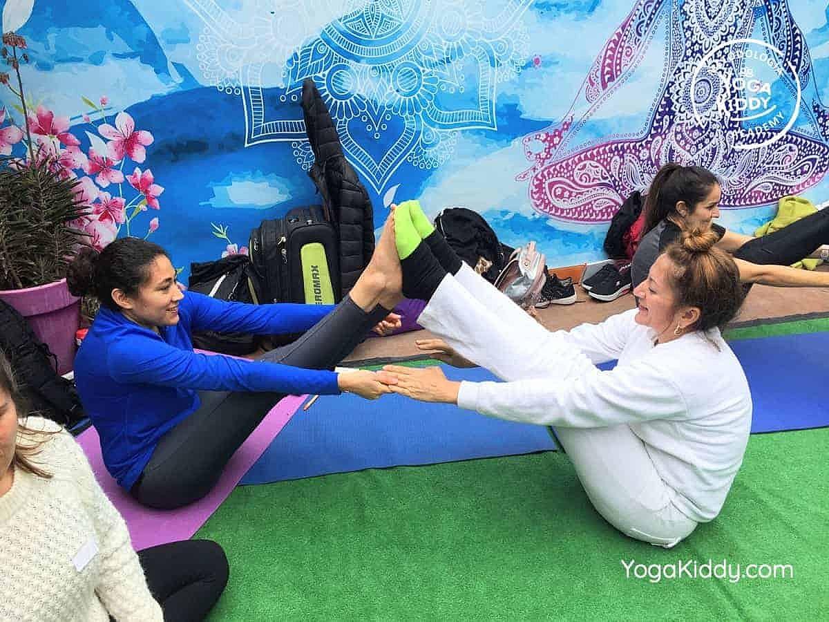 yoga-para-niños-arica-chile-formación-monitor-profesrorado-instructurado-YogaKiddy-0017