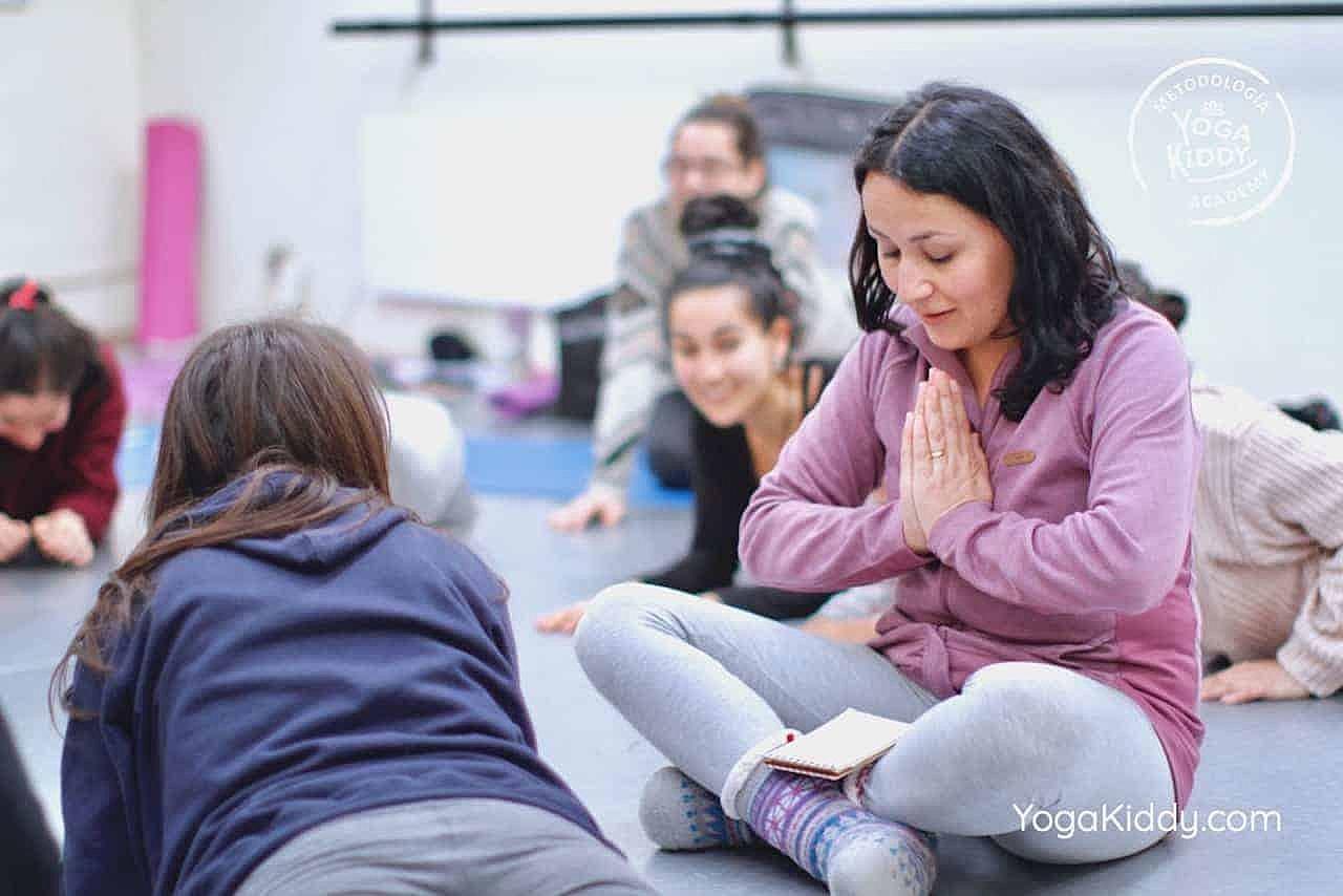 yoga-para-niños-formación-monitor-yoga-infantil-YogaKiddy-viña-del-mar-chile0073
