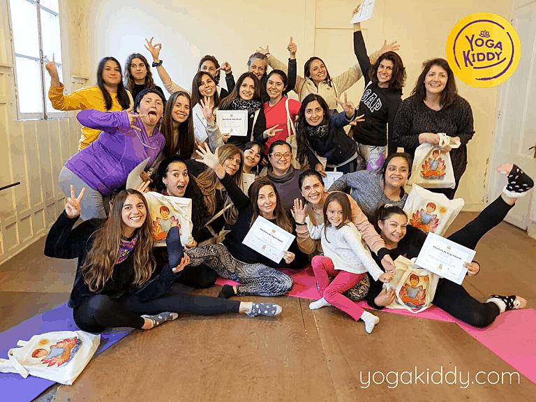 Yoga-para-niños-Viña-del-Mar-Formación-internacional-de-Monitor-de-Yoga-Infantil-12-768x576