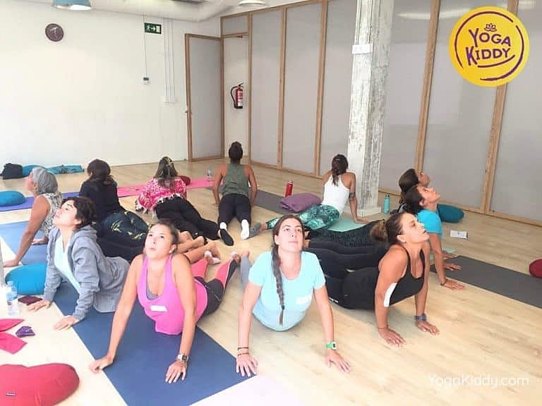 Yoga-para-niños-madrid-españa-Formación-Internacional-de-Monitor-de-Yoga-Infantil9-1-768x576