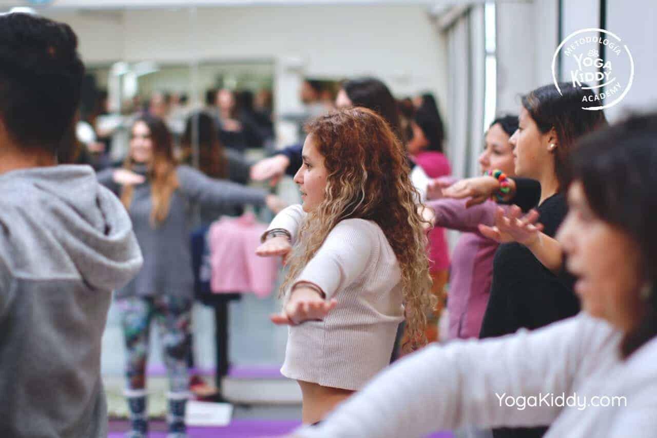 yoga-para-niños-formación-monitor-yoga-infantil-YogaKiddy-viña-del-mar-chile0032