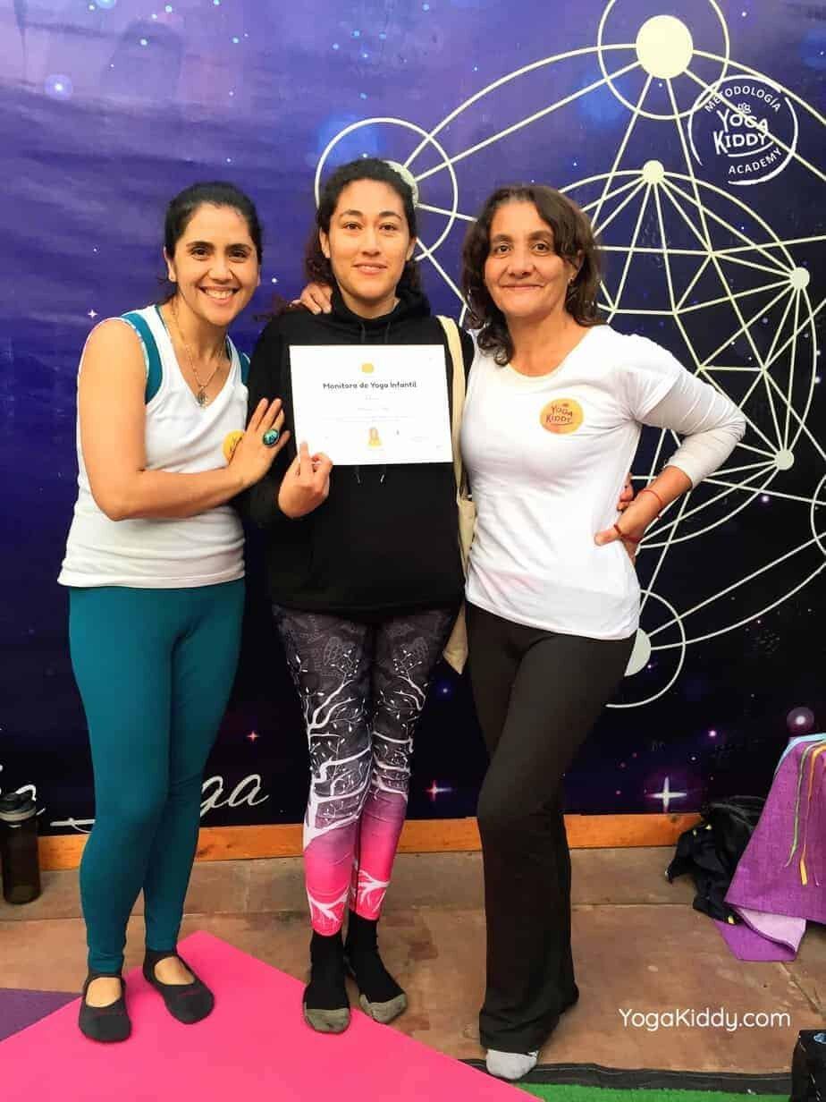 yoga-para-niños-arica-chile-formación-monitor-profesrorado-instructurado-YogaKiddy-0046