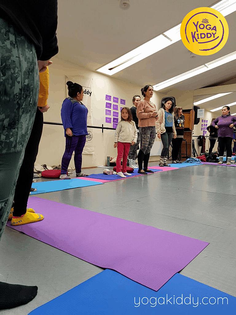 Yoga-para-niños-Viña-del-Mar-Formación-Internacional-de-Monitor-de-Yoga-Infantil-1-768x1024