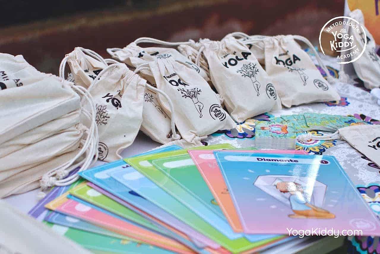 yoga-para-niños-formación-monitor-yoga-infantil-YogaKiddy-viña-del-mar-chile0035