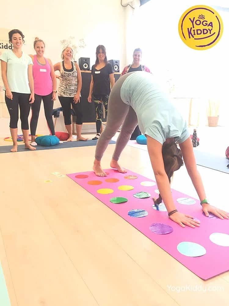Yoga-para-niños-madrid-españa-Formación-Internacional-de-Monitor-de-Yoga-Infantil6-1