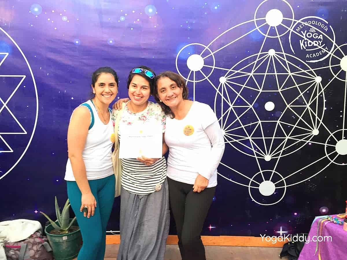 yoga-para-niños-arica-chile-formación-monitor-profesrorado-instructurado-YogaKiddy-0050