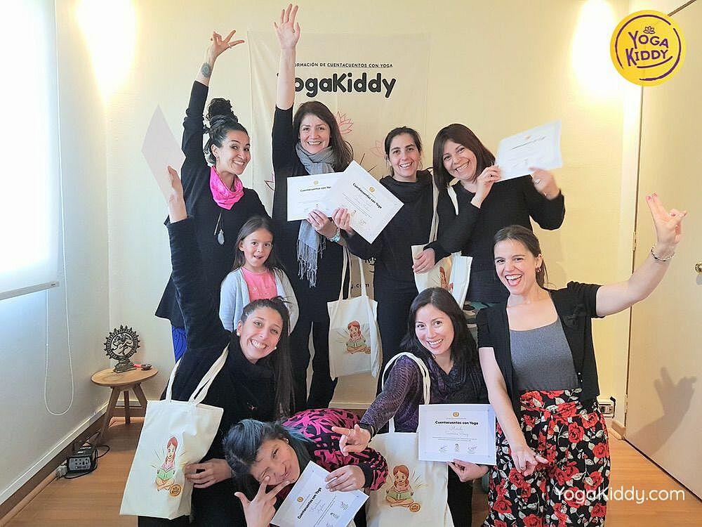 Diploma de Cuentacuentos con Yoga YogaKiddy