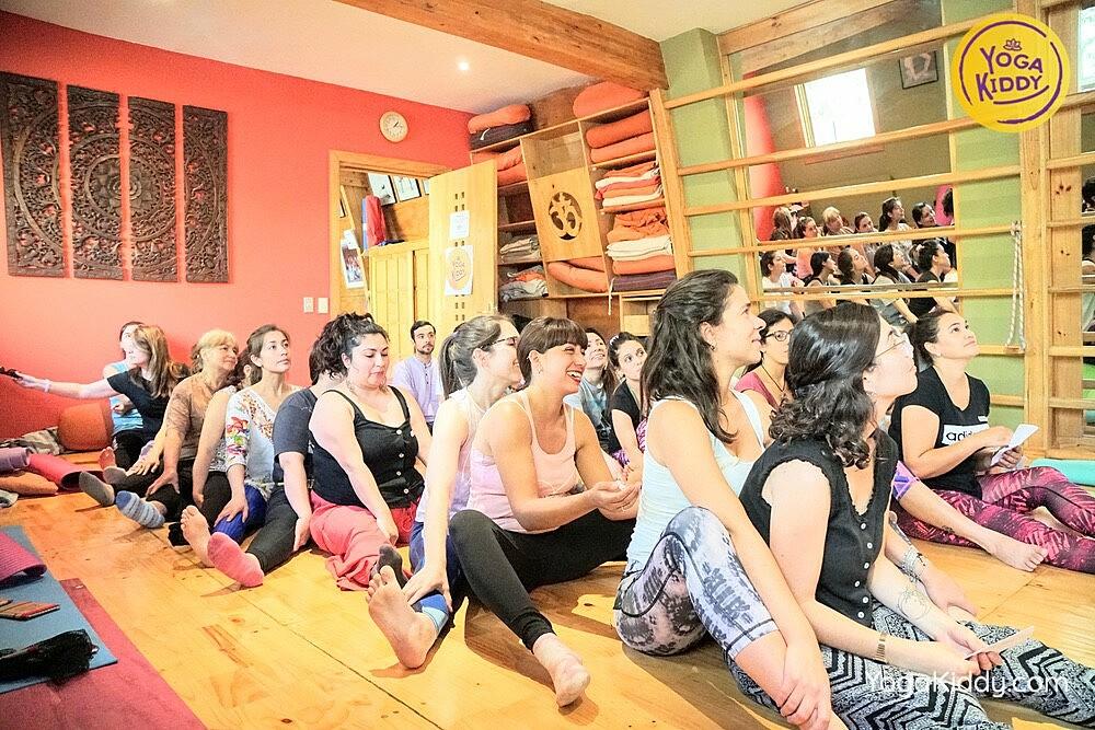 Formación de Yoga para Niños en Santiago, Chile YogaKiddy 10