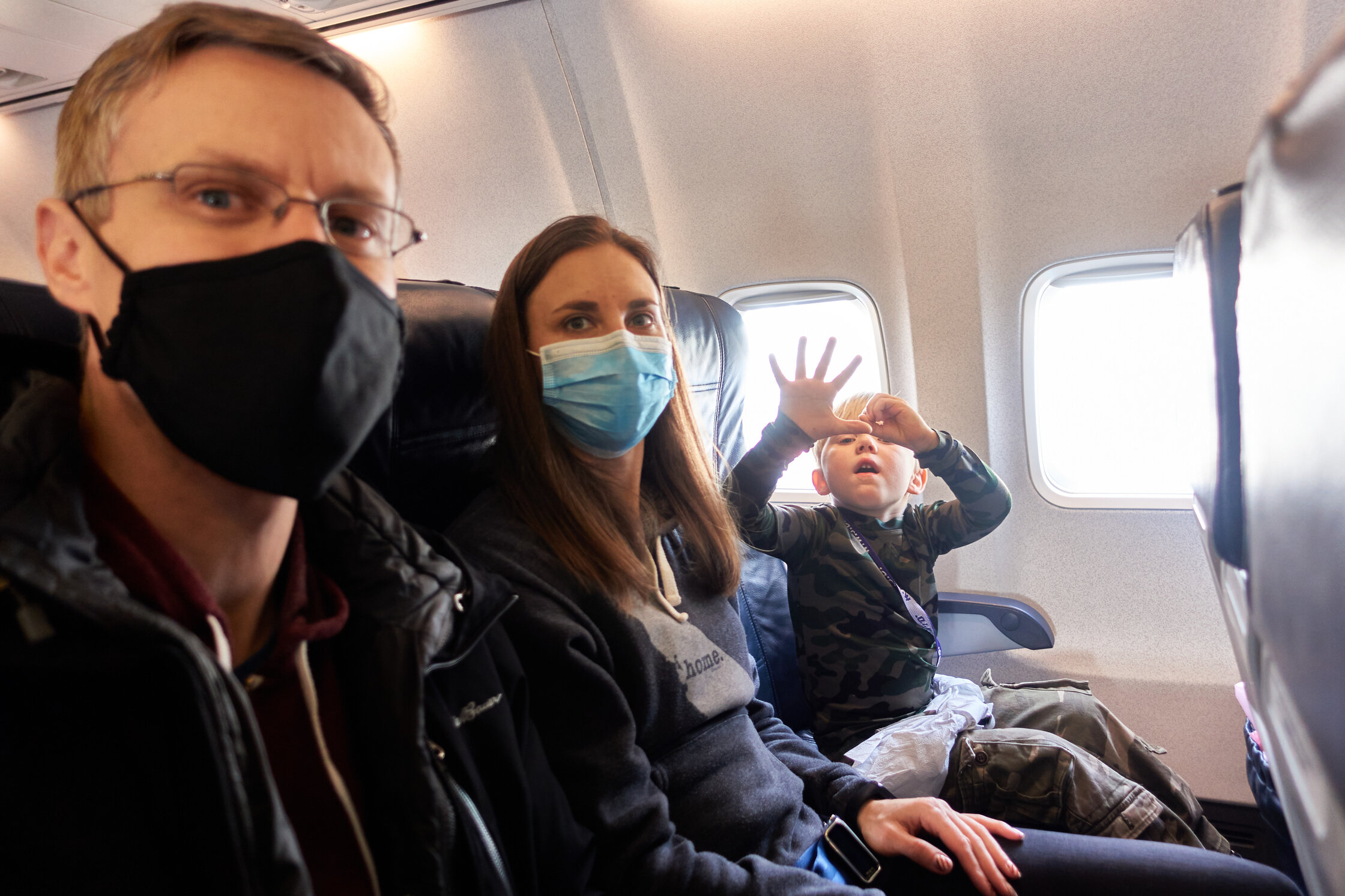 """Flight № 50: Paris–Kyiv (trying to do """"50"""" with his hands)"""