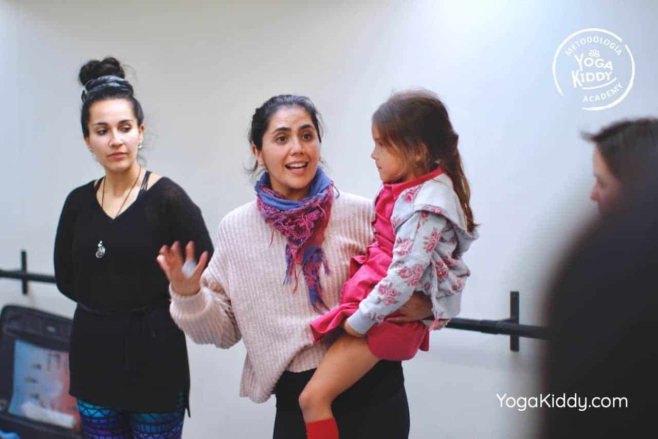 yoga-para-niños-formación-monitor-yoga-infantil-YogaKiddy-viña-del-mar-chile0082
