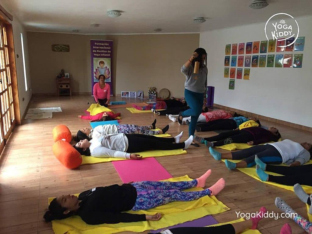 formacion-yoga-para-ninos-copiapo-chile-yogakiddy-12-1024x768